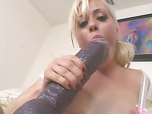 Blonde Giant Sex tool Slit Streching