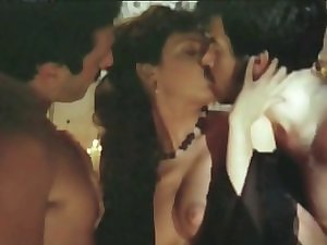 Dolce pelle di Angela 1986 (Threesome erotic scene) MFM