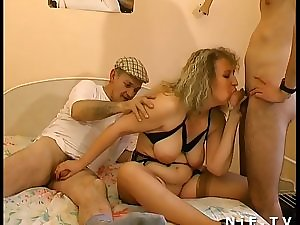French Bulky sodomized in 3way with Papy Voyeur