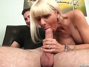 Obscene And Stylish Mama Jerking off