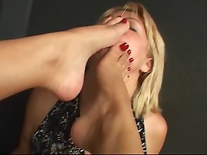 Lezzy Sole Worship 46