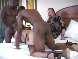 husband sponge up his wife (cuckold)