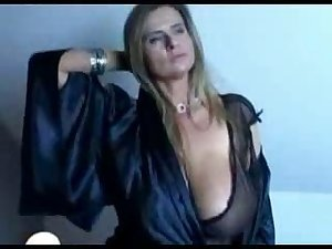 Teasing movie with a hawt BBW MILF in a peaceful silk gown