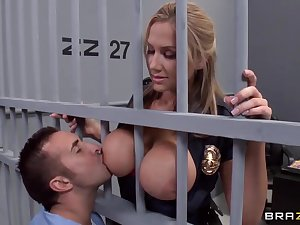 Alanah Rae sexually excited because fuck from this built prisoner