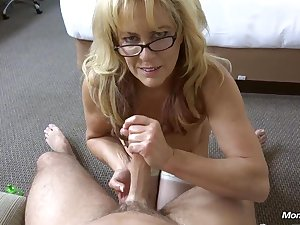 Genuine Cougar takes a biggest facial