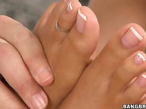 Extensional gazoo footjob fuck wench