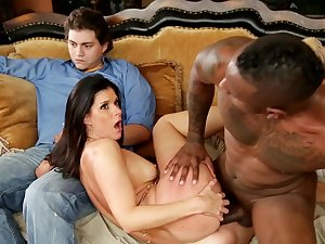 India Summer bonks with wide dark pecker