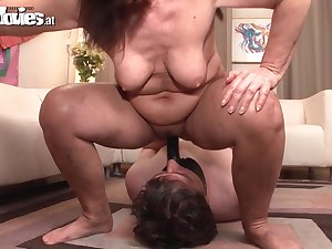 Perverted older three-some with orgasms