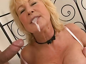 Delicious and aforegoing Regina is swallowing recent spunk later fellatio