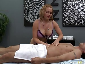 Nut engulfing masseuse drilled