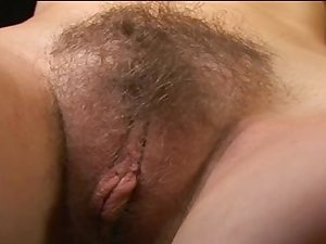 Complete up on this unshaved slit fuck hussy