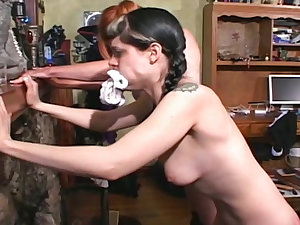 2 kinky chicks weep considering that of thrashing