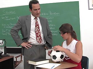Cheerleader and tutor fuck in classroom