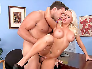 Bimbo Sammie Spades office sex