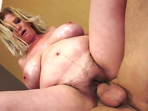Granny blond fuck with a youthful rod