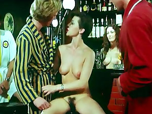 Carnal retro episode woth short-haired hottie