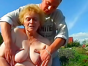 Tallow granny screwed in the lawn