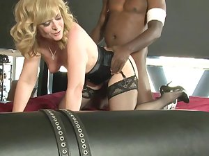 Curly-haired blond fuck in her anal