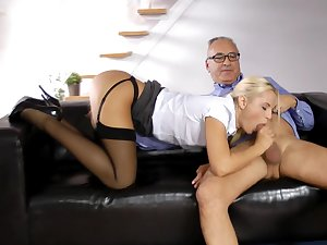 Blond Vander gangbang with an aforegoing shlong