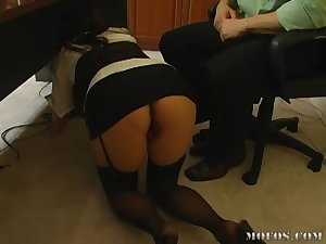 Oriental in the office likes knob