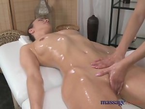 Massage Rooms Dyke with carnal pedestals has her carnal figure explored by tempting chiken