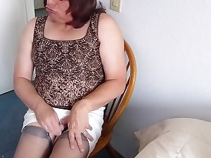 Getting Carnal I squirted sissy juice on my stockings