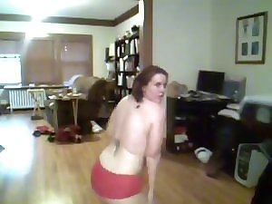 Fatty dilettante dancing and teasing topless - negroflripa