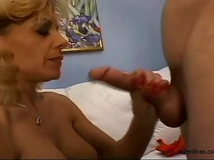 Impressive older Penis engulfing Tugjob and Butthole