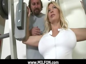 Hunting large housewifes for brutal sex 8
