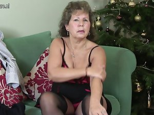 Granny in carnal underwear starving for fuck