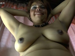 Dilettante Latin chick older mum and her unshaved pussy